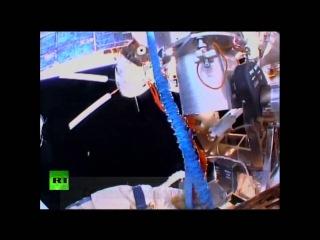 LIVE Российские космонавты отрезали от МКС лишнее и выбросили в космос: Звезда прости и до свиданья!